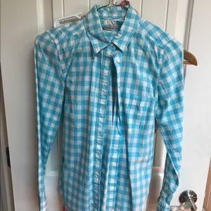Gap shrunken boyfriend shirt
